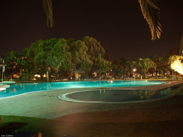 shalimar_poolnight01241.jpg